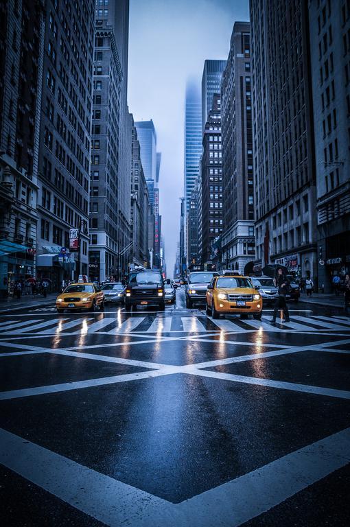 33 Geis Verregnetes New York